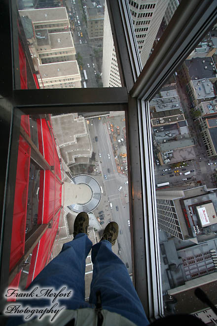 Glasboden im Calgary Tower